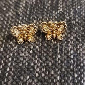 Vintage Avon butterfly earrings 🦋